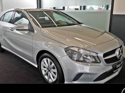 gebraucht Mercedes A180 Style Navi/Keyless/SHZ/PTS/Tempomat
