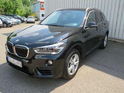 gebraucht BMW X1 sDrive20i Aut.Sportline,Leder,Navi,Panorama,LED