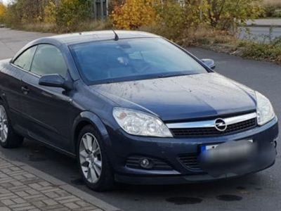 gebraucht Opel Astra Cabriolet Twin Top 1.8 Cosmo