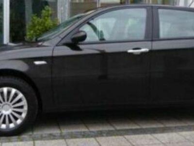 gebraucht Alfa Romeo 147 1.6 TS Distinctive*TÜVneu*2.Hand*Klima*5-Tür