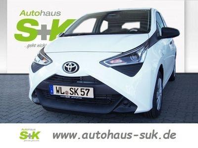 gebraucht Toyota Aygo X 5-Türer 1.0l Benzin 5-Gang-Schaltgetriebe