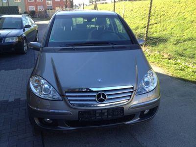 gebraucht Mercedes A180 CDI Autotronic Elegance DPF