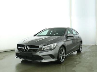 käytetty Mercedes CLA250 4M SB Urban/18Zoll/LED/Standheizung/Navi