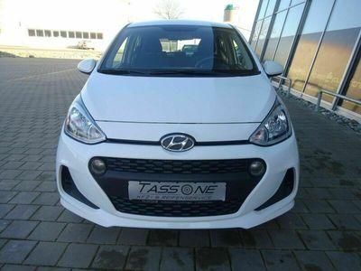 gebraucht Hyundai i10 1.0i Family Plus Club *Allwetter-Reifen*