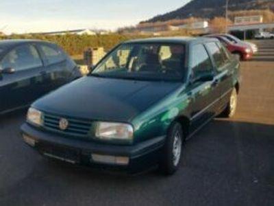 gebraucht VW Vento 1.8 CLX