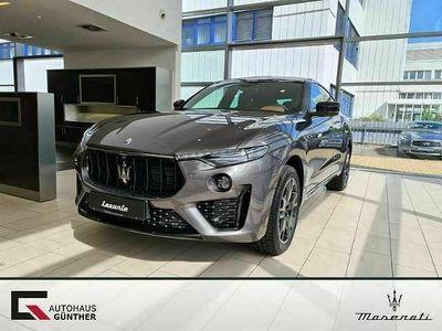 gebraucht Maserati GranSport LevanteQ4 Nerissimo / FahrassistenzPkt.+