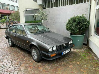 gebraucht Alfa Romeo GTV 2.0 (Typ 116.36C), HU 04/23, H-Kennzeichen