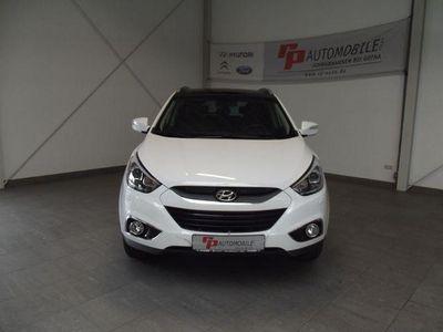 gebraucht Hyundai ix35 2.0 CRDi 2WD Style Navi Pano.dach Leder