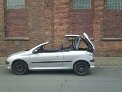 used Peugeot 206 CC Cabrio wenig KM.