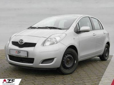 gebraucht Toyota Yaris 1.3 VVT-i, LimHb Life Klima el. Fenster