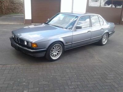 "gebraucht BMW 730 i E32 tiefer 17"" Alu Ahk Tüv 03/22"