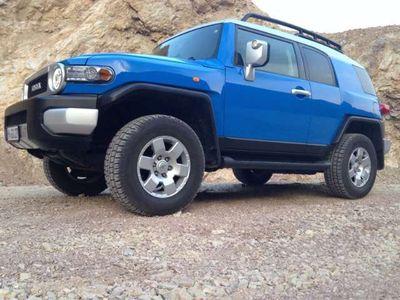 gebraucht Toyota FJ Cruiser In Voodoo Blue mit Silberdach FULL
