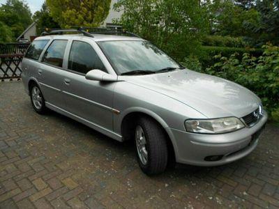 gebraucht Opel Vectra B Kombi 1,8L 85kw EZ 08/2001 F...