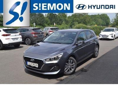 gebraucht Hyundai i30 1.4 YES! Navi DAB+ CarPlay Klimaautom SHZ