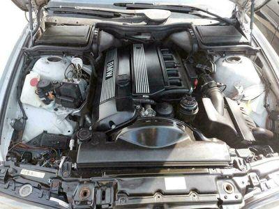 gebraucht BMW 528 i e39