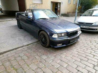 gebraucht BMW 328 Cabriolet E36 i Tausch V8 als Cabrio/Roadster in Wedding
