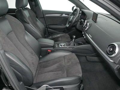 gebraucht Audi A3 Sportback sport 2.0 TDI LED,Leder,Navi,v-cock