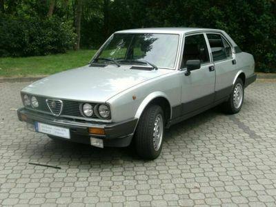 gebraucht Alfa Romeo Alfetta 2.0 Lusso Berlina H-Kennzeichen als Limousine in Nürnberg