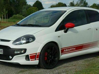 gebraucht Abarth Punto Evo Supersport - Sparco-Felgen - G-Tech als Sportwagen/Coupé in Feldafing