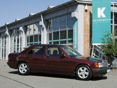 gebraucht Mercedes 190 1.8 Avantgarde Rosso **SSD*