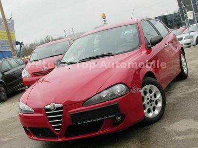 gebraucht Alfa Romeo 147 Alfa1.6 16V TS Impression als Limousine in Obertraubling