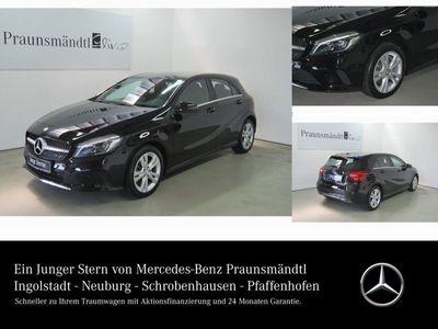gebraucht Mercedes A250 Urban LED/Navi/Panorama/SHZ/PTS/Totw./LMR