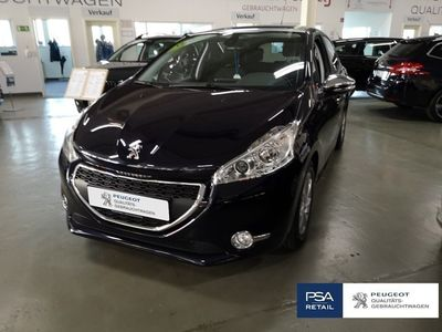 gebraucht Peugeot 208 Blue-HDi 100 Stop&Start Style