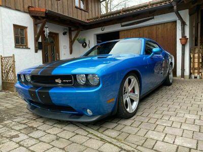 gebraucht Dodge Challenger SRT8 als Sportwagen/Coupé in Bad Aibling