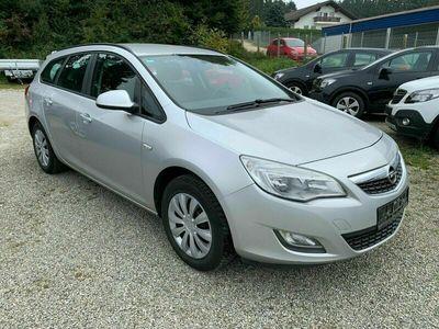 gebraucht Opel Astra ST Sel. ~Klimaautom.~CD-Radio~el. Parkbr