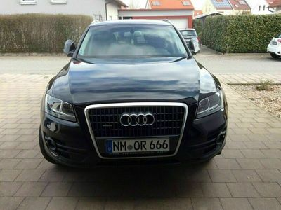 gebraucht Audi Q5 2,0 TDI, Quattro, guter Zustand als SUV/Geländewagen/Pickup in Neumarkt i.d.Opf