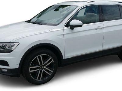 gebraucht VW Tiguan Tiguan2.0 TSI DSG 4M HIGHLINE * AHK * PANORAMA * TOP-& BUSINESS-PREMIUMPAKET * 19 ZOLL * PARK ASSIST * KEYLESS ACCESS