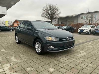 gebraucht VW Polo Highline Ready2Discover Plus (D4) 1.0 TSI OPF 95 PDC, APP-CON., WINTERP., UVM. (Lager)