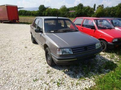 gebraucht Peugeot 309 GR Limousine AHK 2. Generation