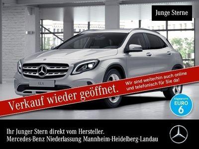 gebraucht Mercedes GLA200 d Urban LED AHK Navi Laderaump Totwinkel