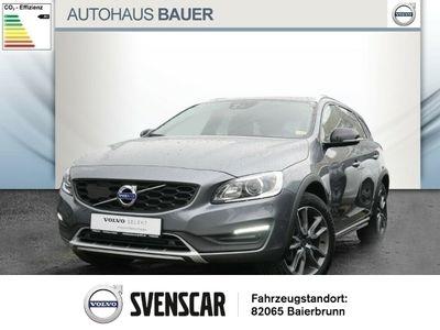 gebraucht Volvo V60 CC D4 Geartronic HUD NAVI EU6