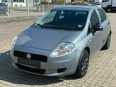 gebraucht Fiat Grande Punto 1.2 8V Basis/Klima/8xRäder/Garantie als Kleinwagen in Freiburg i Br.