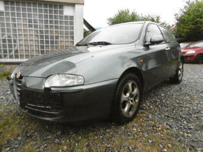gebraucht Alfa Romeo 147 1.6 T.Spark Distinctive