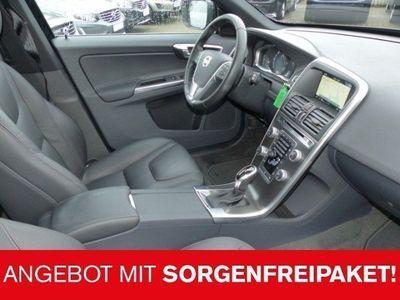 gebraucht Volvo XC60 D5 AWD SUMMUM PANORAMAD.FAMILIEN PAKET