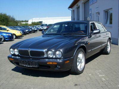 gebraucht Jaguar XJ 3.2 Executive*Leder*Klimaautomatik*Alu* als Limousine in Bad Dürrheim