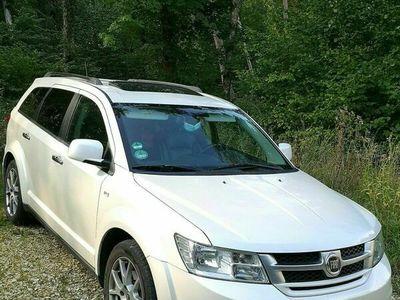 gebraucht Fiat Freemont Black Code Edition DVD TUV NEU 7 SITZER als SUV/Geländewagen/Pickup in Giengen an der Brenz