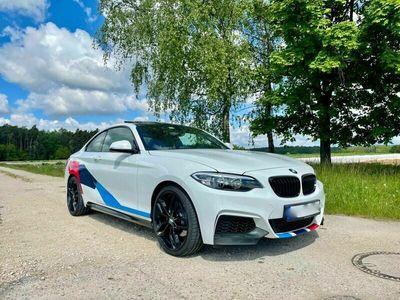 gebraucht BMW 228 i Coupe Sport-Aut. M Paket Spezialfolierung