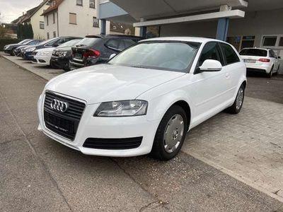 gebraucht Audi A3 1.6 Attraction 8P 2.Hand Benzin Scheckheft 8-fach