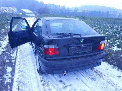 gebraucht BMW 2000 E36 Compact Bj105ps leder PDC Si...