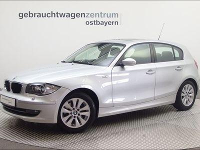 gebraucht BMW 120 d 5-Türer Aut. Xenon/Navi/Glasdach/NaviProf
