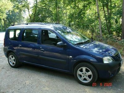gebraucht Dacia Logan 1,6 -V16 Marine Blau Benziner...