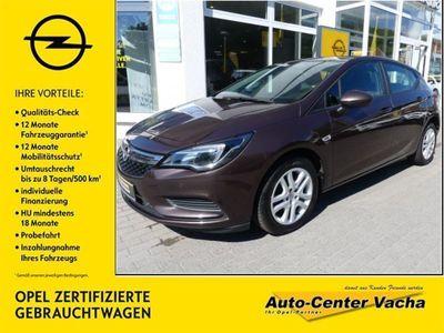 gebraucht Opel Astra CDTI Edition bei Gebrachtwagen.expert
