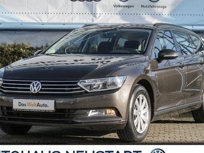 gebraucht VW Passat Variant 2.0 TDI BMT Trendline DSG Navi