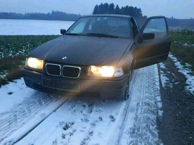 gebraucht BMW 2000 E36 Compact bj1,9 105PS leder Klima PDC