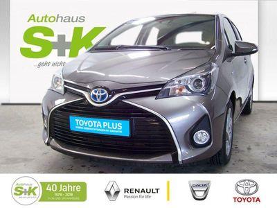 gebraucht Toyota Yaris Hybrid 5-Türer Edition-S Sitzheizung