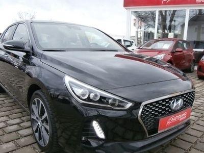 käytetty Hyundai i30 Premium 1.4 T-GDI Navigationspaket Alert-Paket Led